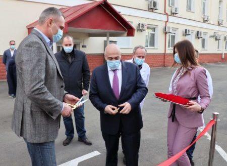 мер Київа Віталій Кличко, та директор КНДІСЕ Олександр Рувін