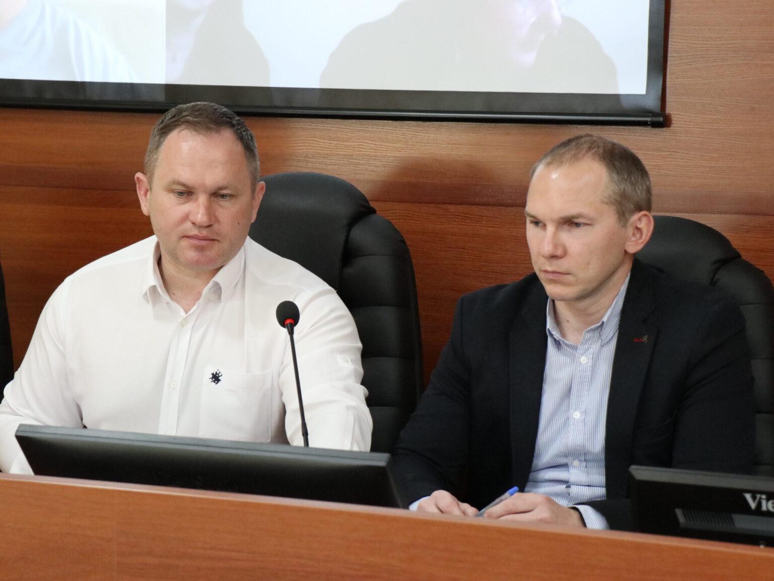 Микола Шишов та Роман Пасько КНДІСЕ