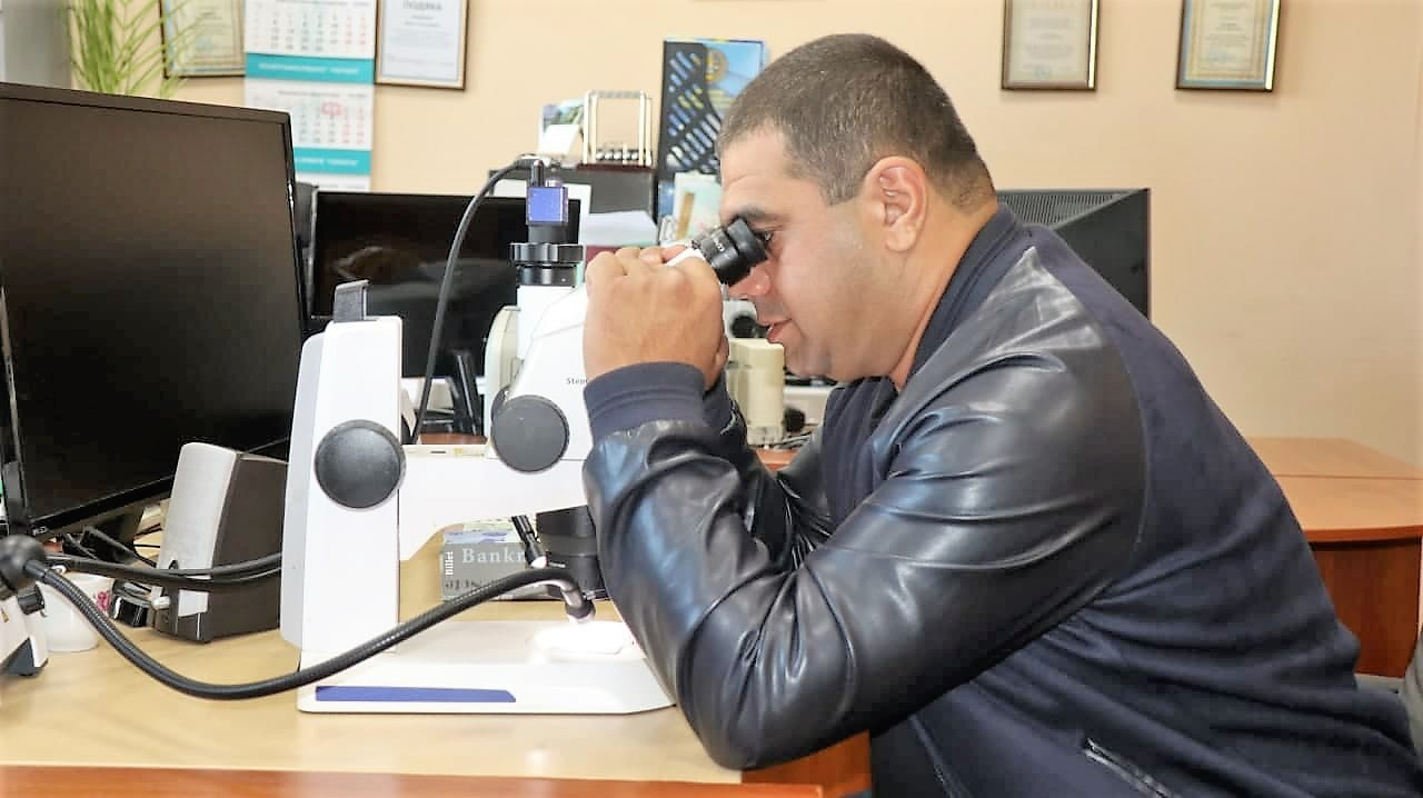 До КНДІСЕ за програмою CEPOL прибув представник Департаменту криміналістичних експертиз поліції Республіки Вірменія